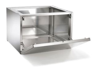 B6040L, plinth, stainless steel, with lock